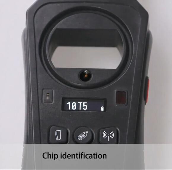 KEYDIY KD-X2 10T5 chip identification